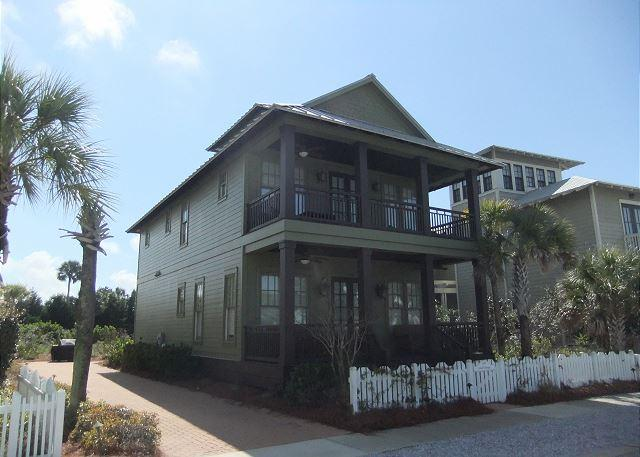 Glad Tidings, Easy access to the pool or beach. - Image 1 - Carillon Beach - rentals
