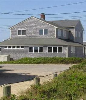 Front side of house - Family Vacation Beach House Rental in Marshfield - Marshfield - rentals