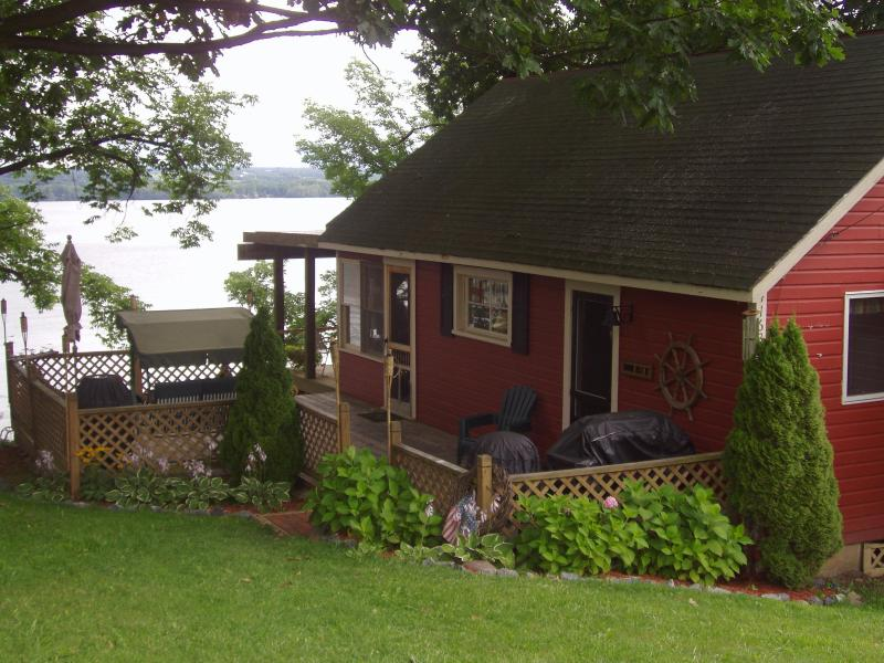 Cottage view from the road - Lakefront Cottage Getaway - Seneca Falls - rentals