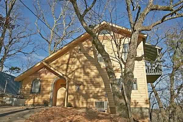 Barefoot Cabin - Image 1 - Pigeon Forge - rentals