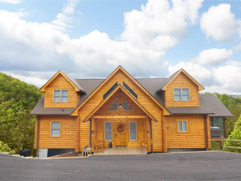 Bearly Ruff-N-It - Image 1 - Pigeon Forge - rentals