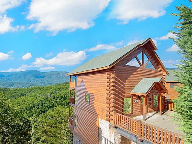 Mountain Majesty at Black Bear Ridge - Image 1 - Pigeon Forge - rentals