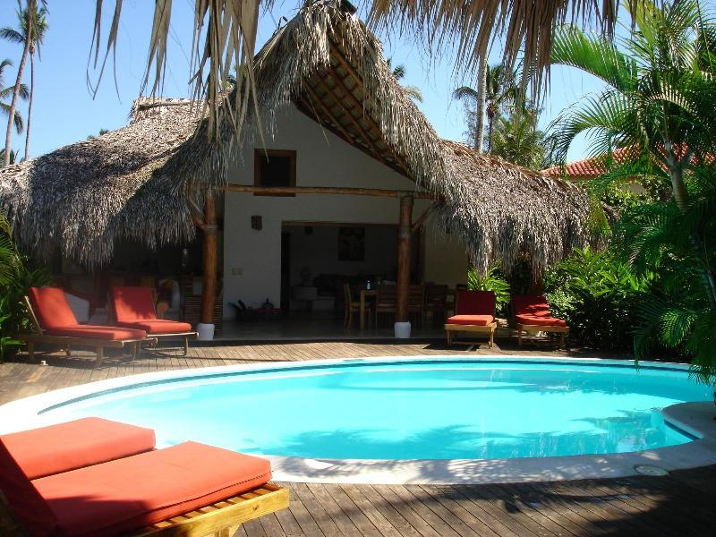 main house and pool - Romantic villa 65 meters from the beach. - Las Terrenas - rentals