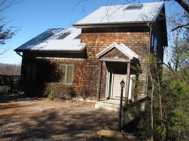 Front - Wonderful mountain home on lake - Tryon - rentals
