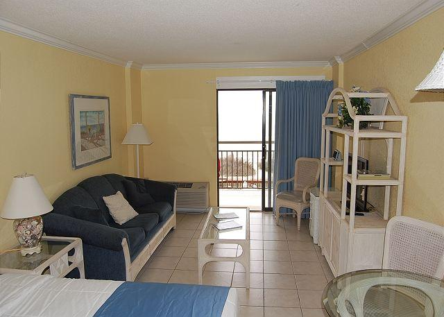 Bluewaster 209-Executive Suite with Oceanfront Views!! - Image 1 - Myrtle Beach - rentals