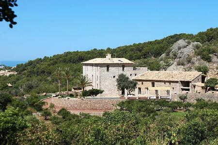 Mountain view Cas'hereu Sa Figuera, beautifully restored with an orange grove - Image 1 - Soller - rentals