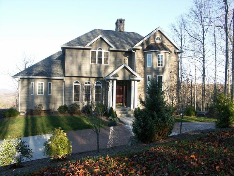 Front - Luxury Mountain Home, Spectacular Mountain Views - Boone - rentals