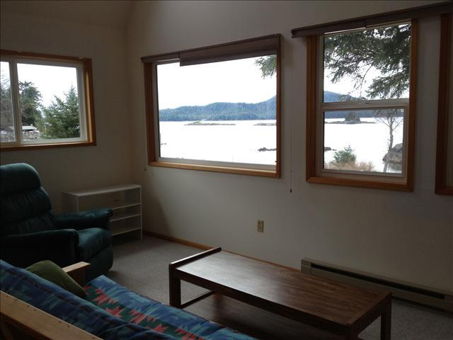 Waterfront offers incredible views! - Cecil's Waterfront Retreat - Sitka - rentals