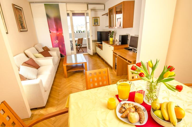 Ultra Cosy Apartment Split - Image 1 - Split - rentals