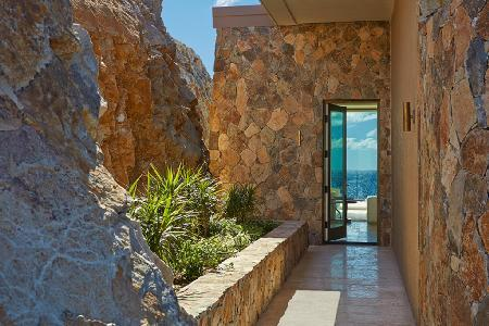 Incomparable Penthouse Suite with sea view, infinity pool, and resort amenities - Image 1 - Virgin Gorda - rentals