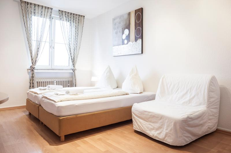 Central Apartment with Rhein River view - Image 1 - Cologne - rentals