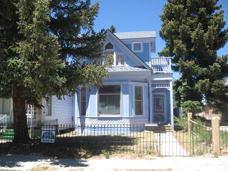 House on the Hill - Cozy Victorian in Historic Leadville - Leadville - rentals