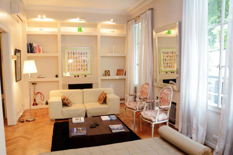 Cheerful 3 Bedroom Apartment in Recoleta - Image 1 - Buenos Aires - rentals