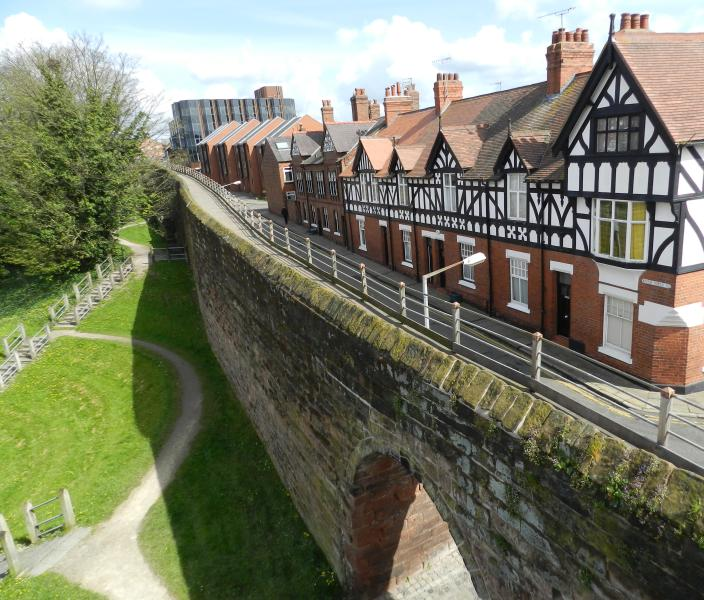 Photo of house taken from Roman city wall showing path down to canal and locks. - Luxury city centre house inside historic city wall - Chester - rentals