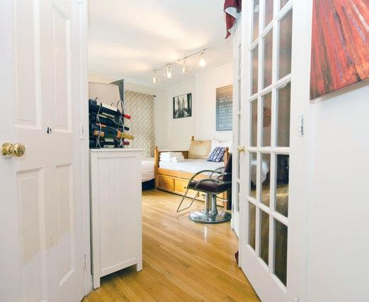 Your personal sanctuary awaits in my Queen Apt. Expect a fantastic stay in the East Village.  - Charming AppleTV/iPad Apt E.Village - New York City - rentals