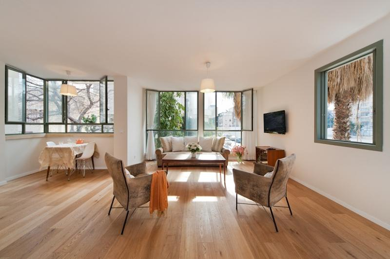 A Real Gem In The Heart Of The City - Image 1 - Tel Aviv - rentals