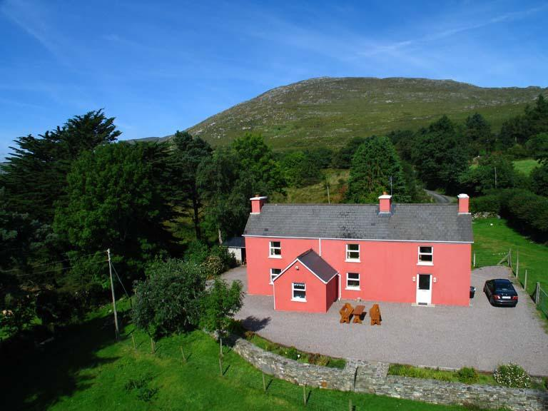 Kilkeana Farm House - Kilkeana Farm House - Surrounded By A Working Farm - Kenmare - rentals