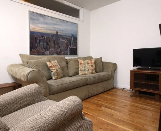 This apt has a spacious living room, bath, tastefully-appointed interiors and breathtaking design - Unique 2 Br E. Village Apt/Elevator - New York City - rentals