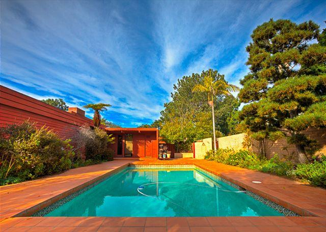 Private home in LaJolla Farms features beautiful pool and sundeck. - #9648 - Sanctuary by the Sea - La Jolla - rentals