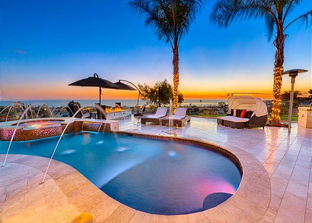 Custom pool, hot tub and spacious terrace with sunset views await you at Visions of Paradise - #5380 - Visions of Paradise - La Jolla - rentals