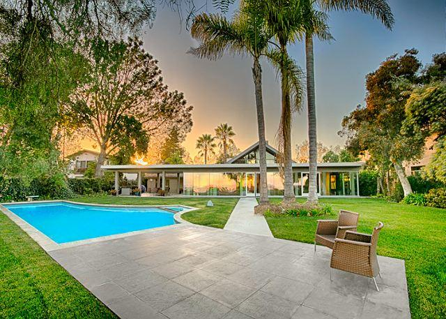 The  peaceful back yard of this home has a large lawn, patio swimming pool. - #8425 - Endless Vistas - La Jolla - rentals