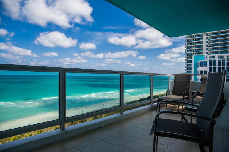 Gorgeous 2br/2ba Waterfront Master Suite - Image 1 - Miami Beach - rentals