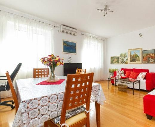 Beautiful two bedroom apartment Dražanac - Image 1 - Split - rentals