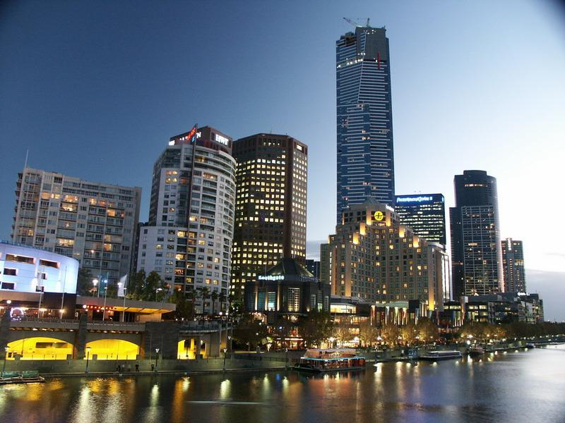 Southbank at Night - across the road from the apartment - Location! Location! Walking distance to everything - Melbourne - rentals