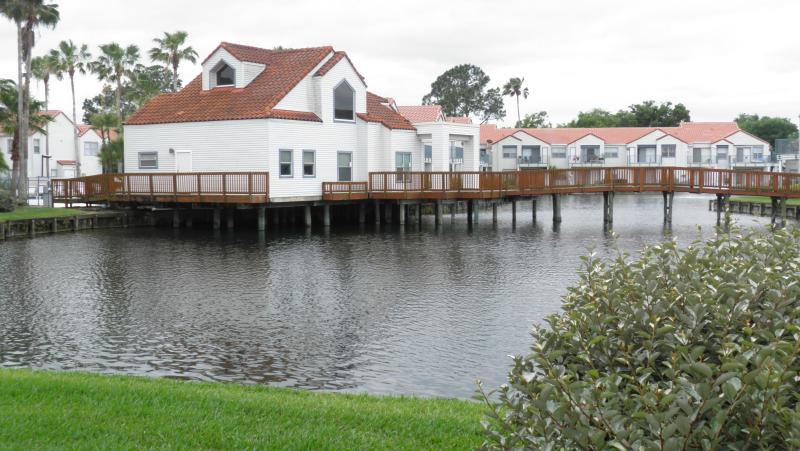 Balcony View - Cozy Lake View -Near Golf, Airport & Main Routes - Orlando - rentals