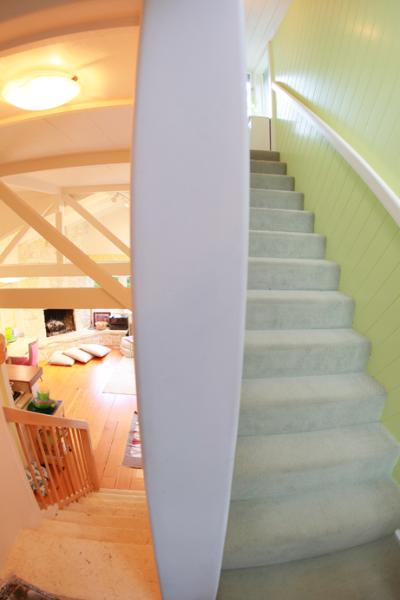 Middle landing shows upper and lower levels - Carmel Treehouse~Walk to beach, town & 17 MileDr.! - Carmel - rentals