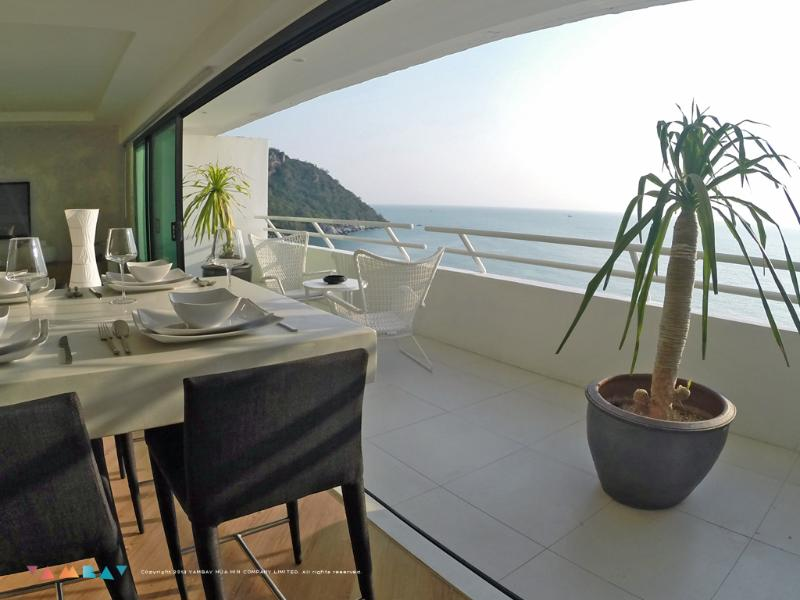 Living area - 2 BR Beachfront apartment with daily free Golf! - Hua Hin - rentals