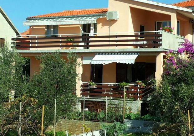 Charming apartment with balcony - Image 1 - Zadar - rentals