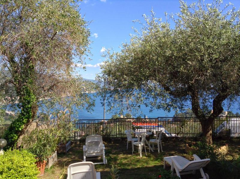 garden with a view - Andromeda GRFL,Breathtaking view on Tigullio gulf - Rapallo - rentals