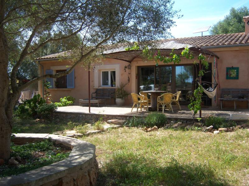 Beautifull cottage with garden 5 km from sea - Image 1 - Santanyi - rentals