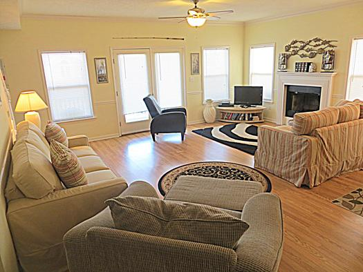 Living room - 55 Angler's Retreat - Tybee Island - rentals