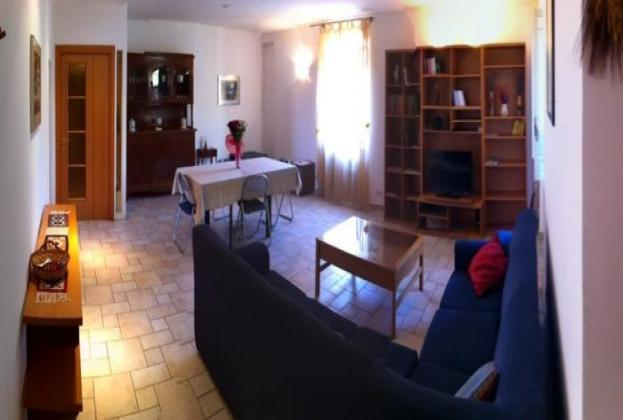 Cheap & Chic Apartment in Rome that Sleeps 10 - Image 1 - Rome - rentals
