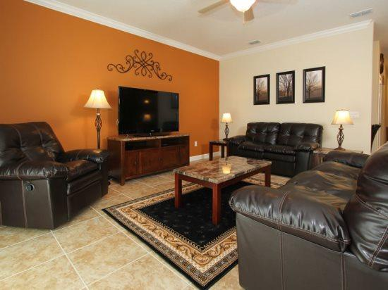 2 king bedrooms, 2 queen bedrooms and 4 twin beds, plus a sleeper sofa. - Image 1 - Orlando - rentals