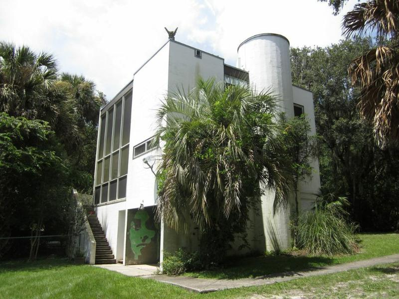 Castle in the Woods - Castle with Pool in Woods Very Near Gainesville - Micanopy - rentals