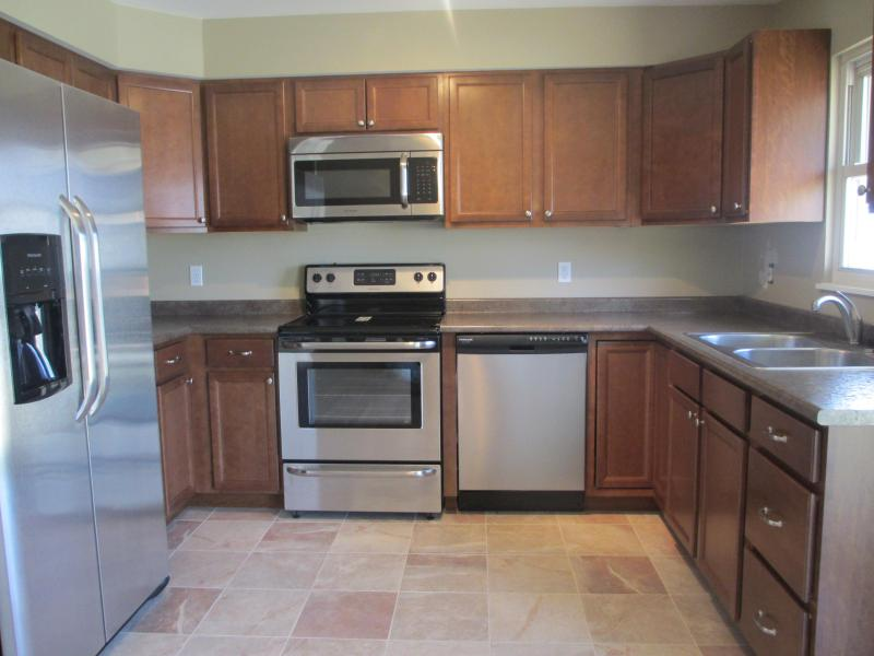 Newly renovated kitchen - New Listing-Walk to Beach & Kids Corner -Remodeled - South Haven - rentals