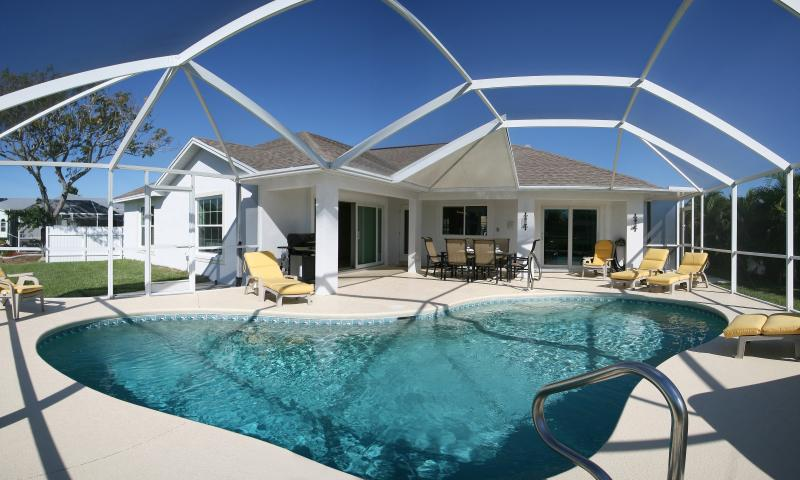 www.florida-villa-belloccia.com - Florida Villa Belloccia - Italian Moments in South-West Florida - Gulf Coast Hidaway - Cape Coral - rentals