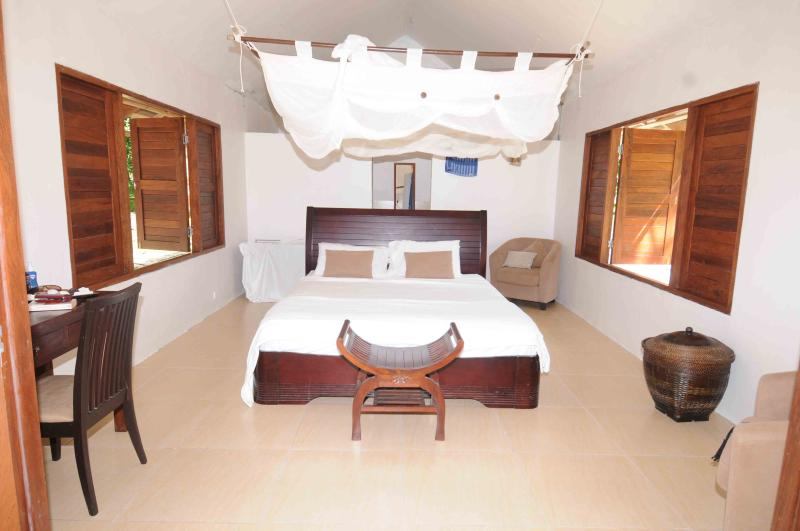 Vila bedroom - Private paradise with own beach - Efate - rentals