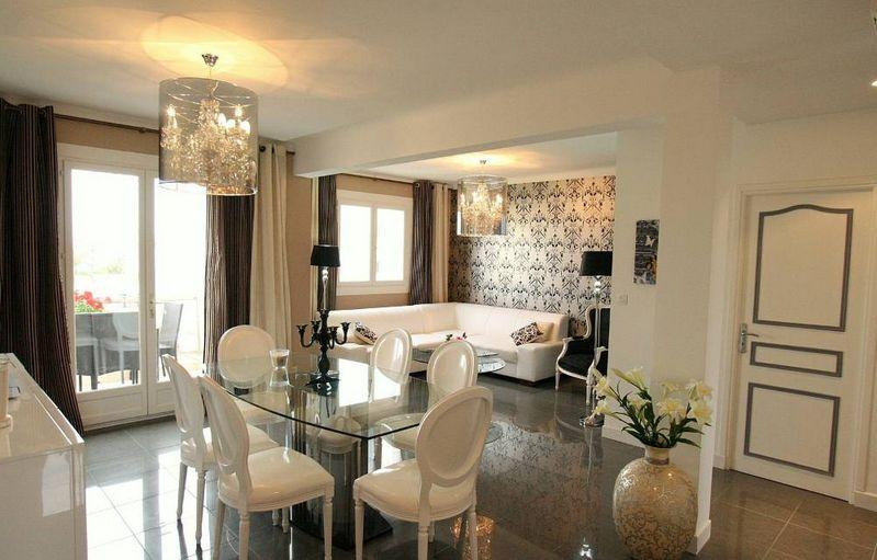Modern apartment with south-facing terrace, 300 meters from the beach - Image 1 - Juan-les-Pins - rentals