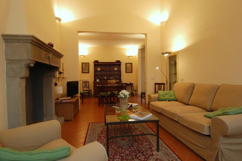 Moro Apartment: in the city centre! - Image 1 - Florence - rentals