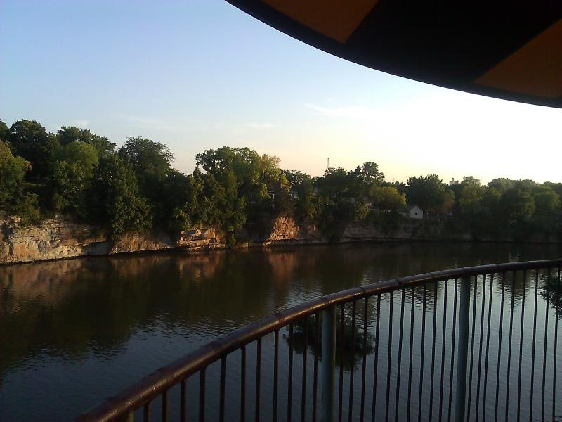 Your view from everywhere in our resort. - Riverfront Hotel / Cabin Resort - Pontoon, kayak.. - Iowa Falls - rentals