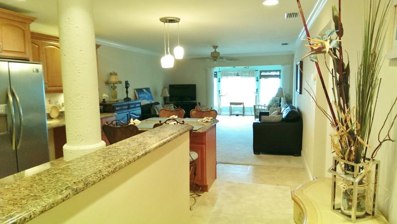 The Siesta Calm Upstairs: Location,View, Steps from the Beach - Image 1 - Siesta Key - rentals
