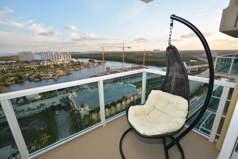 View from theBalcony - Miami Florida  2BD/2B Luxury Water view Amazing !! - Sunny Isles - rentals