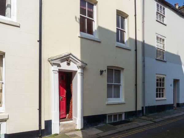 SAMPHIRE historic fisherman's cottage, close to beach, town centre in Deal Ref 904653 - Image 1 - Deal - rentals