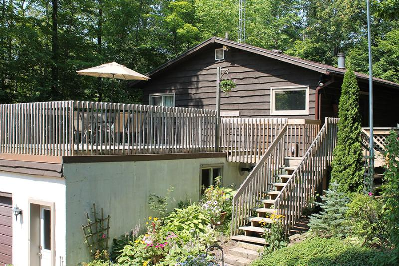 Sauble River Retreat cottage (#841) - Image 1 - Sauble Beach - rentals