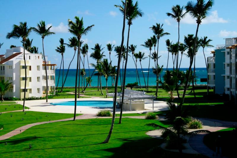 Playa Turquesa Ocean View 3 BR  with Gas Grill! - Image 1 - Punta Cana - rentals