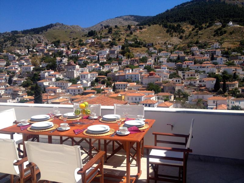 Top floor terrace. - 4 bdrm luxury Villa+apartment great view Hydra new - Hydra - rentals